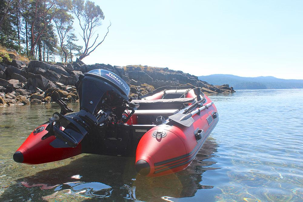 """Stryker LX 420 (13 ' 7"""") Inflatable Boat"""